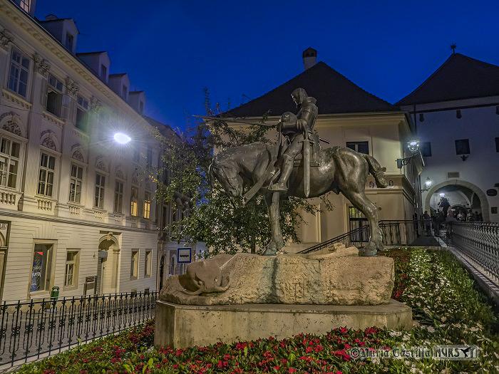 De Zagreb al PN de Velebit